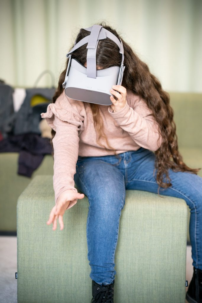 Mädchen-Girlsday-virtual-reality